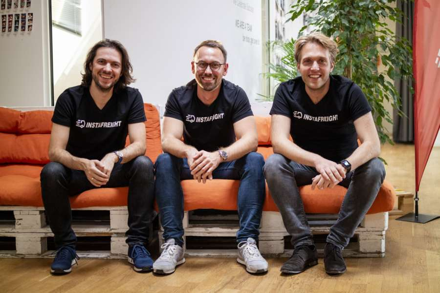Die Führungsmannschaft von InstaFreight mit Markus J. Doetsch, Chief Technology Officer, Philipp Ortwein, Co-Founder und Managing Director, und Maximilian Schaefer, Co-Founder und Managing Director (v.r.n.l). | Foto: InstaFreight