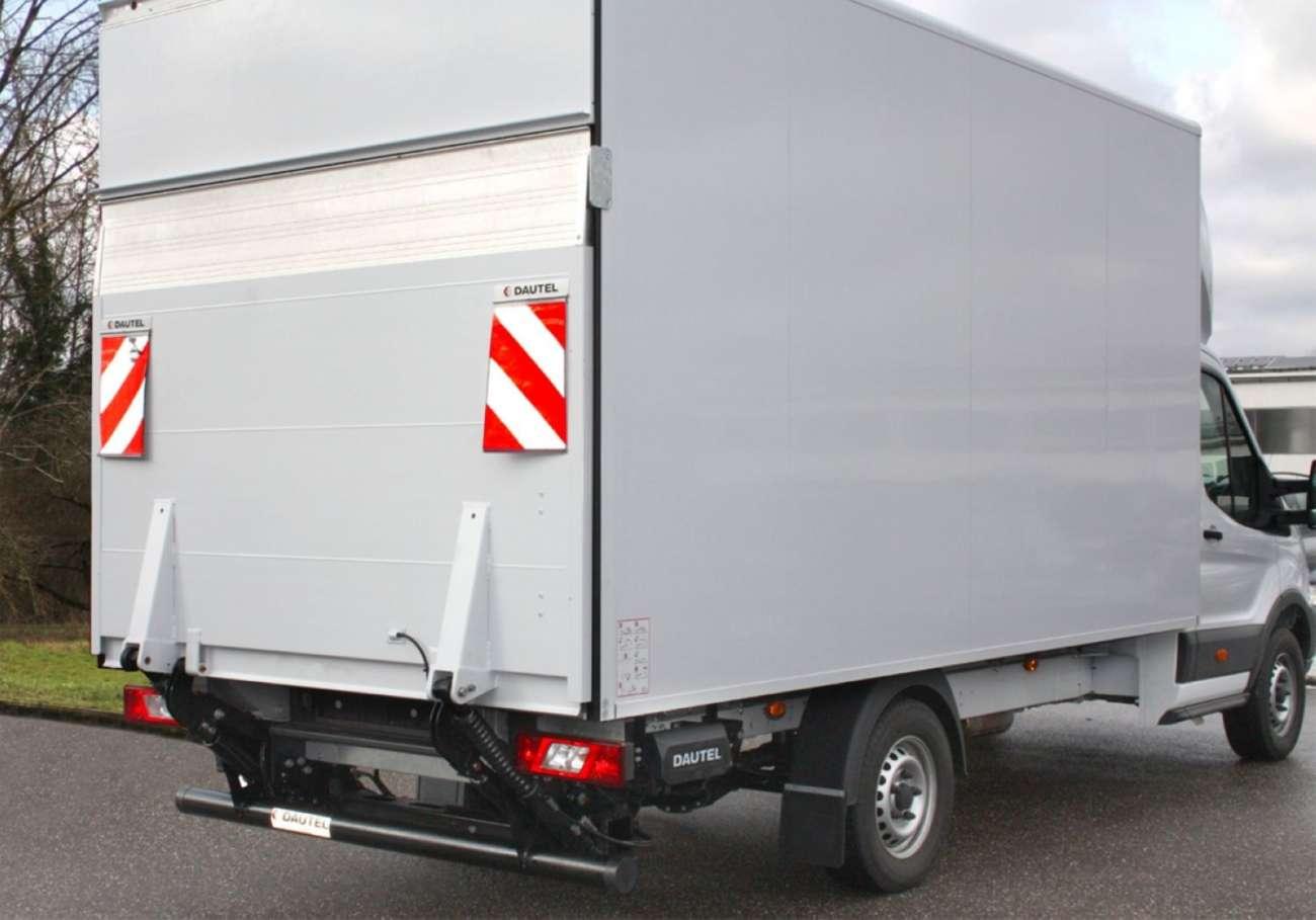 transporter leichte ladebordwand von dautel bietet hohe nutzlast fahrzeug und trailer tests. Black Bedroom Furniture Sets. Home Design Ideas