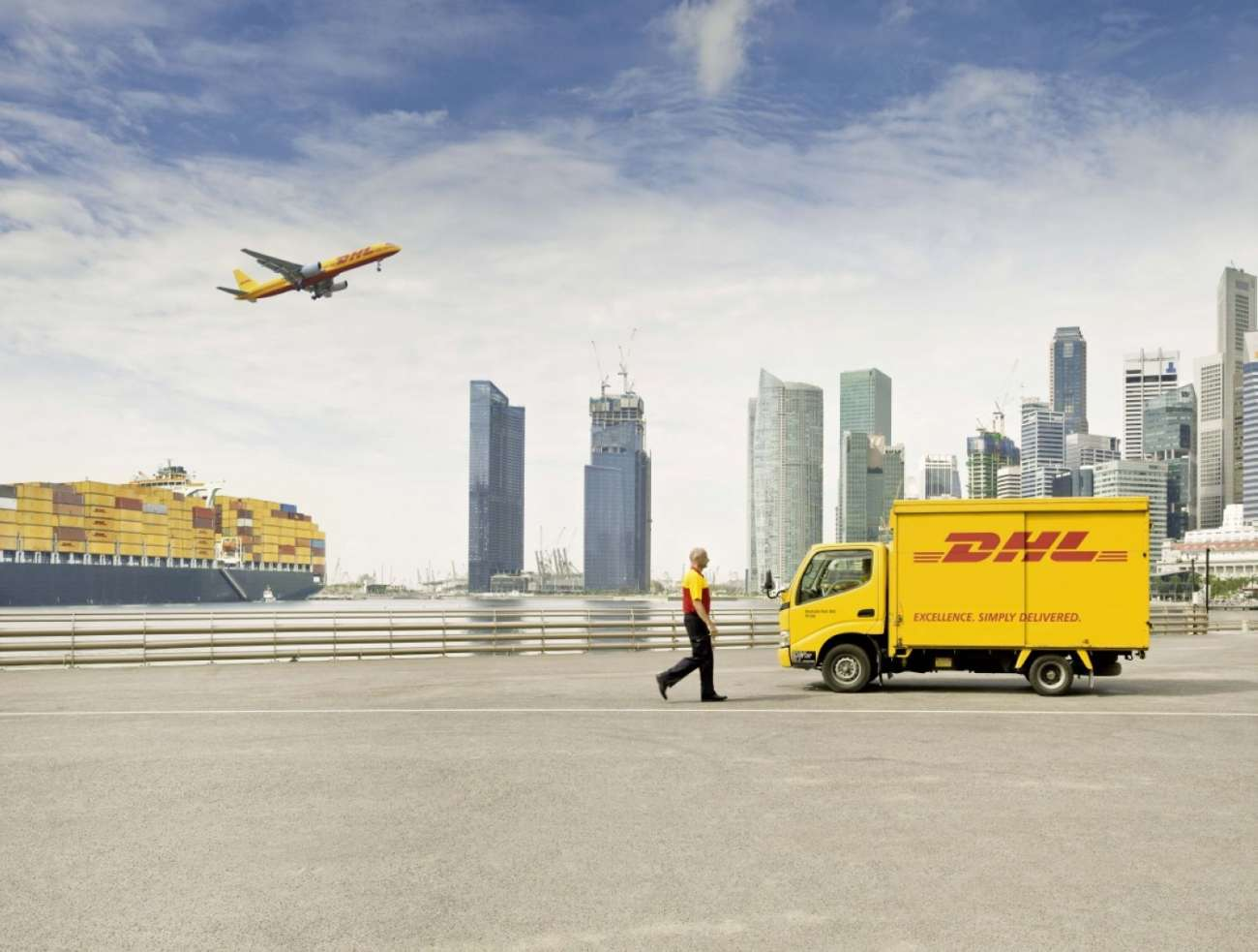 DHL unterstützt den Mobiltelefonhersteller Transsion Holdings mit Logistikdienstleistungen bei Expansion in den Schwellenländern. (Foto: Deutsche Post DHL Group)